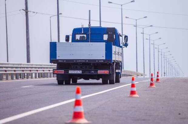 Трасса М-11 «Нева» станет первым в РФ беспилотным логистическим коридором