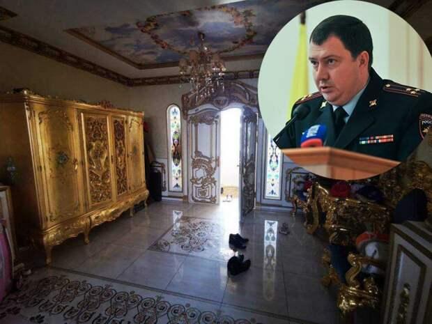 СМИ выяснили стоимость мебели из дворца начальника УГИБДД по Ставрополью