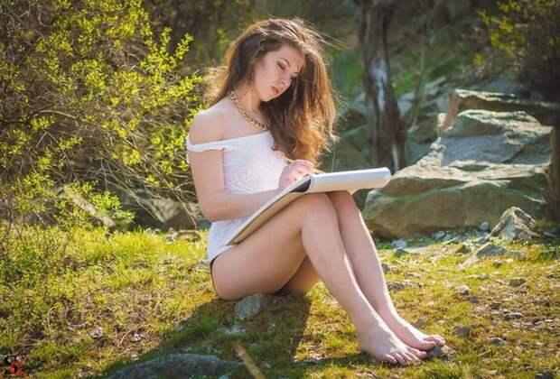 Красивые девушки сексуально позируют на природе (фото) » Тут ...