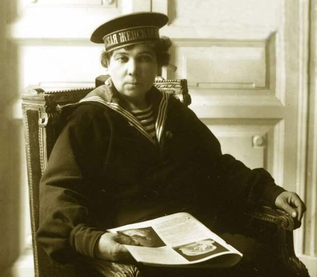 Евдокия Меркурьевна Скворцова – официальный представитель в комитет женской морской команды. /Фото: s00.com