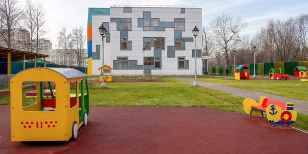 Началось благоустройство детского сада на Минусинской