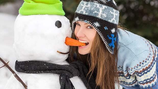 Снежки, санки, коньки: самые полезные зимние развлечения вместо фитнеса