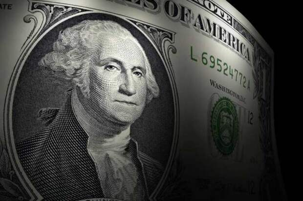 «Ждём, когда этот мрак рассеется»: что будет с курсом доллара
