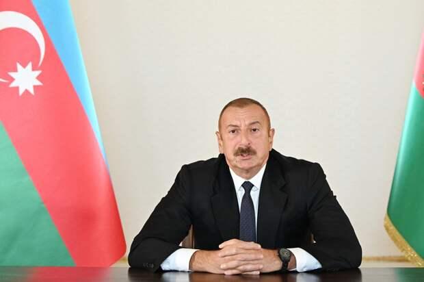 Президент Азербайджана озвучил условие для прекращения боев в Карабахе