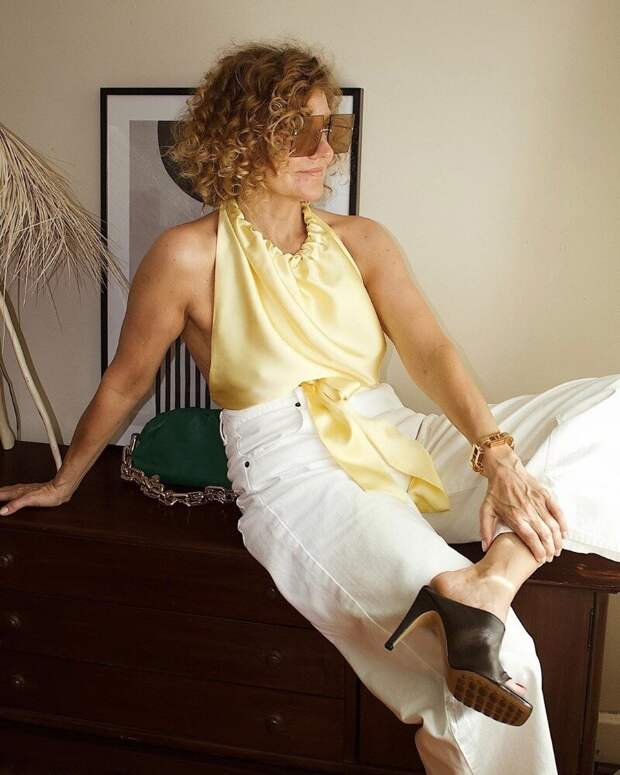 5 материалов и тканей, которые делают зрелую женщину роскошной