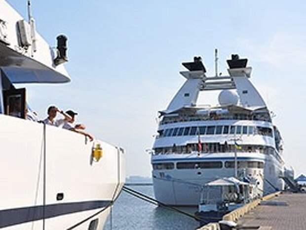 В Одессу зашли два круизных судна