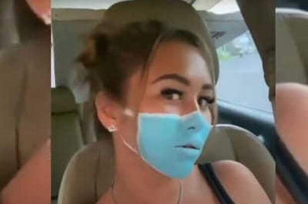 Россиянку депортируют из Индонезии за видео с нарисованной на лице маской