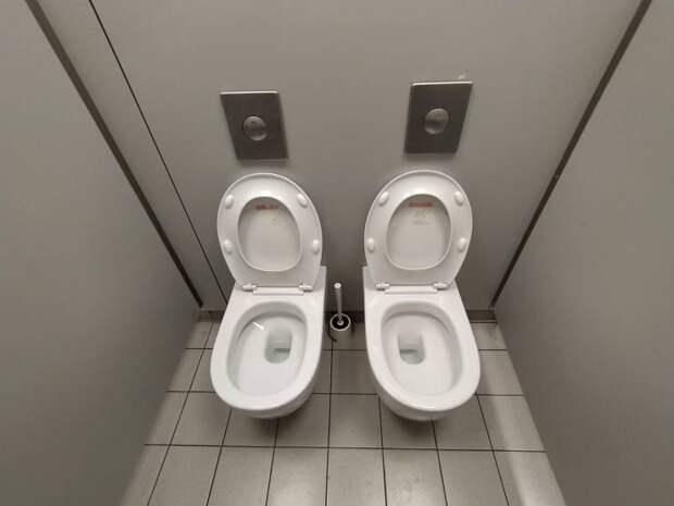 Двойной туалет