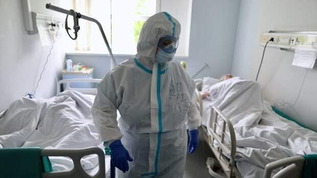 Силуанов не исключил продолжение выплат медикам за работу с ковидными пациентами на будущий год