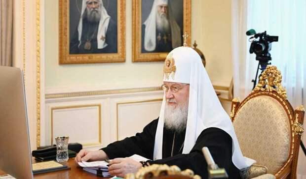 Патриарх Кирилл призвал женщин вместо абортов отдавать детей церкви