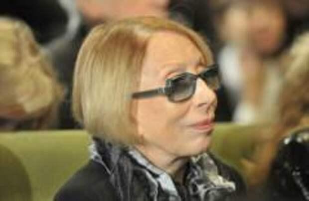 Инну Чурикову ограбили в аэропорту Мадрида