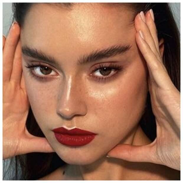 Вечные тренды макияжа: идеи, которые никогда не устареют
