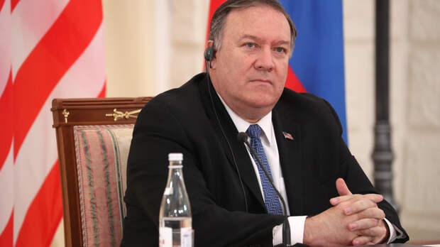 """""""Мы очень рады этому"""": Помпео хочет как можно быстрее заморозить ядерный арсенал России"""