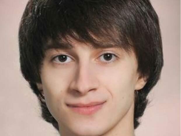 «КП-Петербург» об упавшем с электросамоката солисте Мариинского театра Залееве: На сцену он может никогда не вернуться