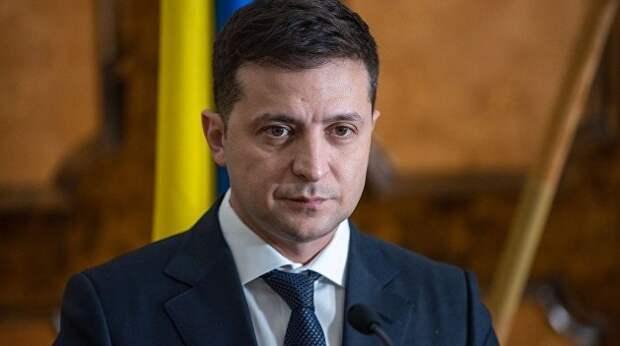 Очень странные фото Зеленского вызвали недоумение на Украине (ФОТО)