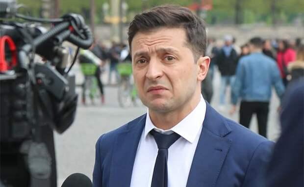 Киевская элита ставит на колени клоуна Зеленского