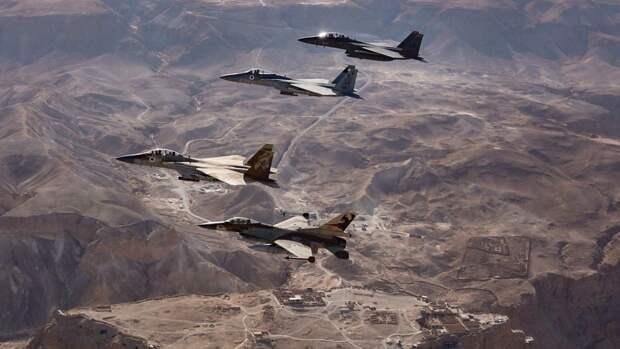 Израильские ВВС имитировали налеты на южные районы Ливана во время ракетных ударов по Сирии
