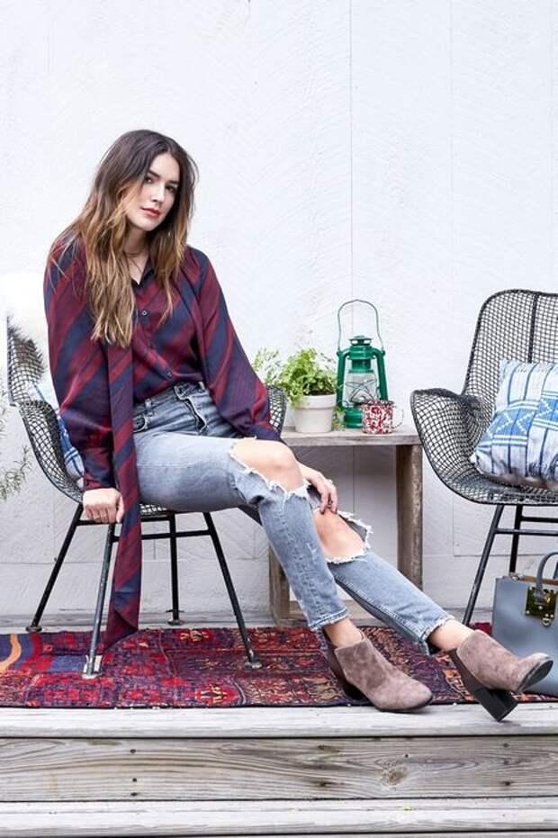Рубашка + рваные джинсы + замшевые ботинки