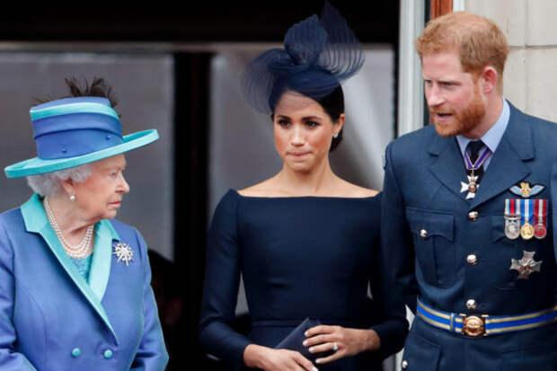 Принц Гарри сравнил жизнь в королевской семье с фил...