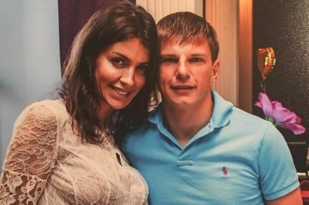 Экс-супруга Аршавина обвинила футболиста вравнодушии