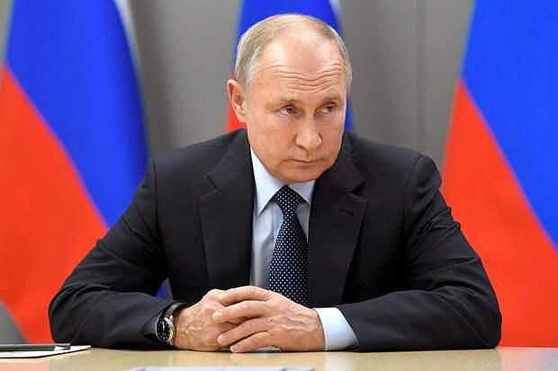 Путин заявил о снижении случаев ковид в дополнительные выходные в мае