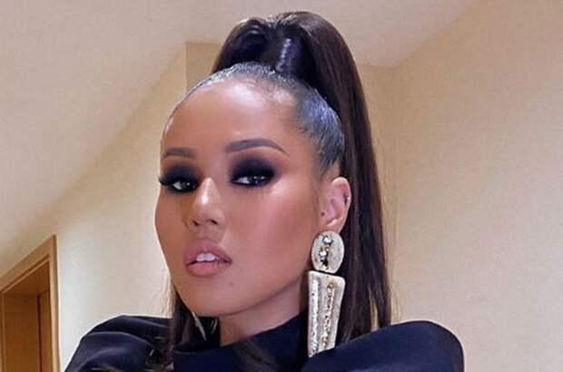 Певица Наzима рассказала о домогательствах