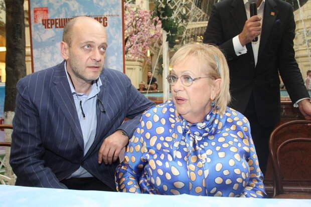 Сын Волчек и Евстигнеева Денис тоже связал судьбу с миром кино