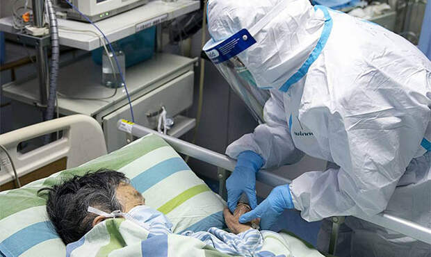 Джеки Чан заплатит миллион юаней создателю вакцины от коронавируса