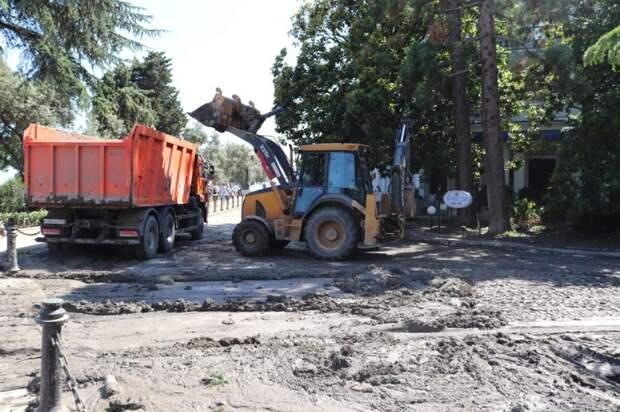 В Ялте начали принимать заявления граждан, чьё имущество пострадало в результате ЧС