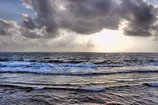 В Темрюкском районе спасли унесенную в море девочку