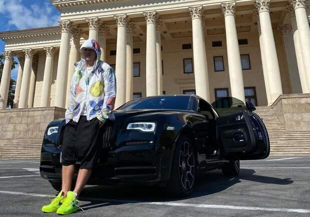 Самый важный автомобиль в истории нашего футбола – 17-летняя «Ока». Ею владел и Кокорин, и Дзюба, и Мамаев… Да мало ли кто еще - за 3 года 60 владельцев!