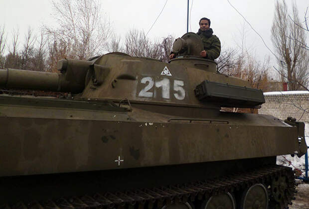 «Вот я тоже русский патриот» Черный Ленин Айо Бенес о происходящем в Донбассе