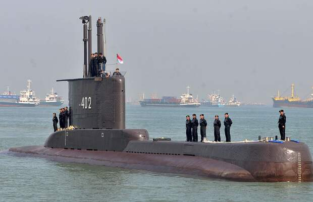 Подлодка ВМС Индонезии пропала у берегов Бали