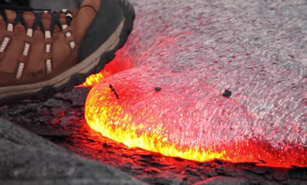 Ботинки против магмы: спелеолог наступил в лаву и посмотрел результат
