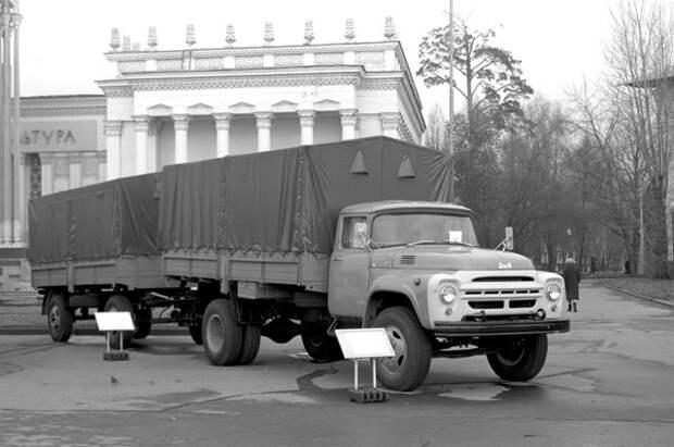 ЗИЛ-130.