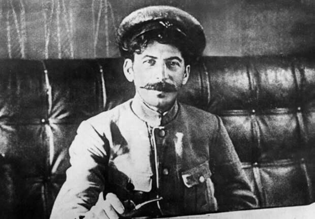 Сколько было любимых женщин у Сталина, и Кто на правах жены оплакивал его после смерти