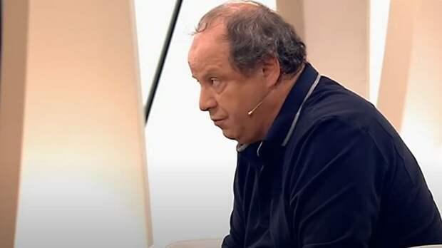 Режиссер Астрахан назвал причину смерти новорожденного сына