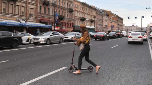 Велопатрули могут появиться в Петербурге из-за участившихся ДТП с самокатами