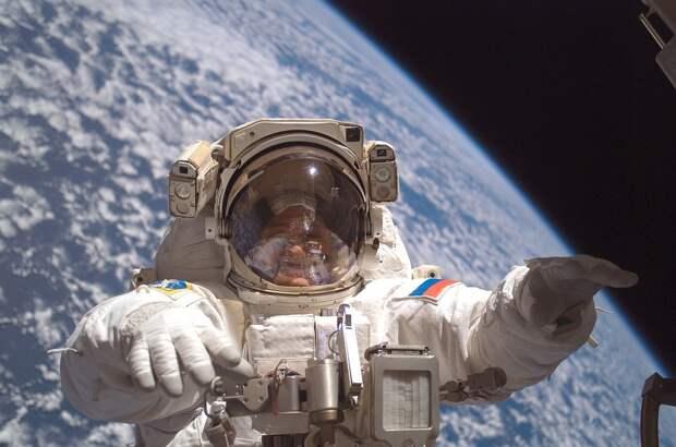 «Роскосмос» набирает космонавтов
