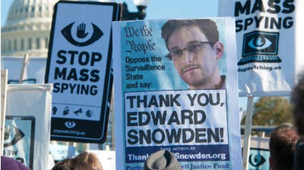 Сноуден: Британия создала программы для манипуляции онлайн-данными