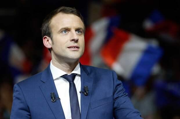 Эммануэль Макрон предложил политическое убежище Алексею Навальному.