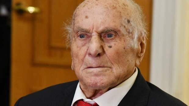 """Лейтенант Алёша"". На 104-м году умер Алексей Ботян – он спас Краков и стал легендой"