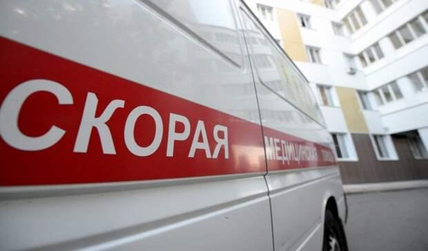 Под Волгоградом перевернулась машина: водитель погиб