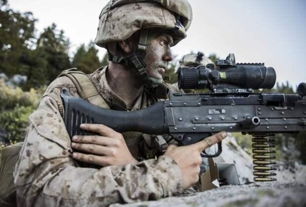 Чем отличаются простой американский пехотинец и морской