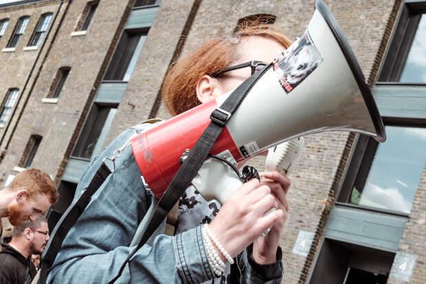 Более половины россиян не слышали о прошедших в стране митингах