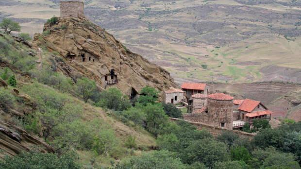 Монастырь преткновения: Грузия и Азербайджан возобновили давний спор о границе