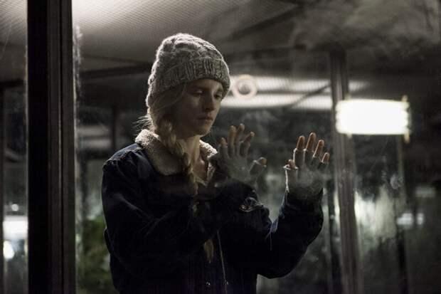 8 зарубежных сериалов Netflix снезаурядными русскими персонажами