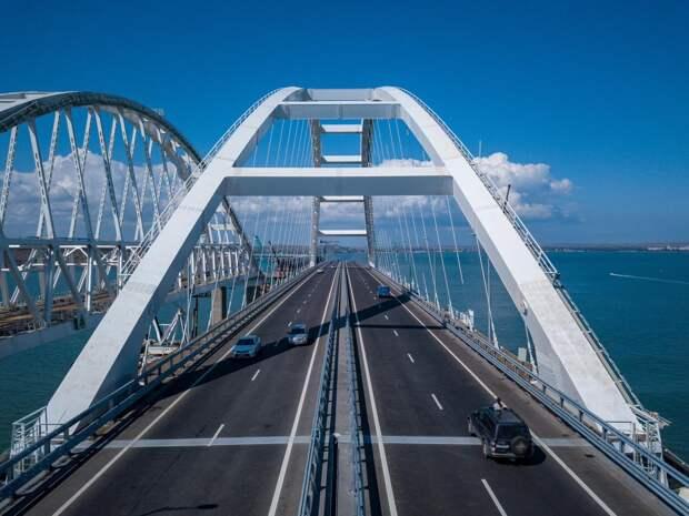 31 марта и 1 апреля Крымский мост могут временно перекрыть для автомобилей