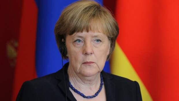 Меркель призвала держать открытыми каналы для диалога после саммита Россия — США