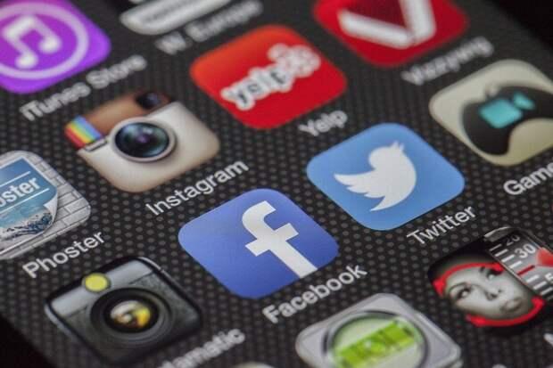В работе Facebook и Instagram произошёл масштабный сбой